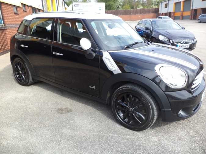2011 11 mini countryman cooper d 1 6 4x4 all4 car sales cannock. Black Bedroom Furniture Sets. Home Design Ideas